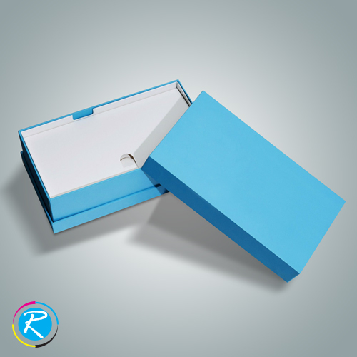 Apparel Packaging Boxes by Regaloprint